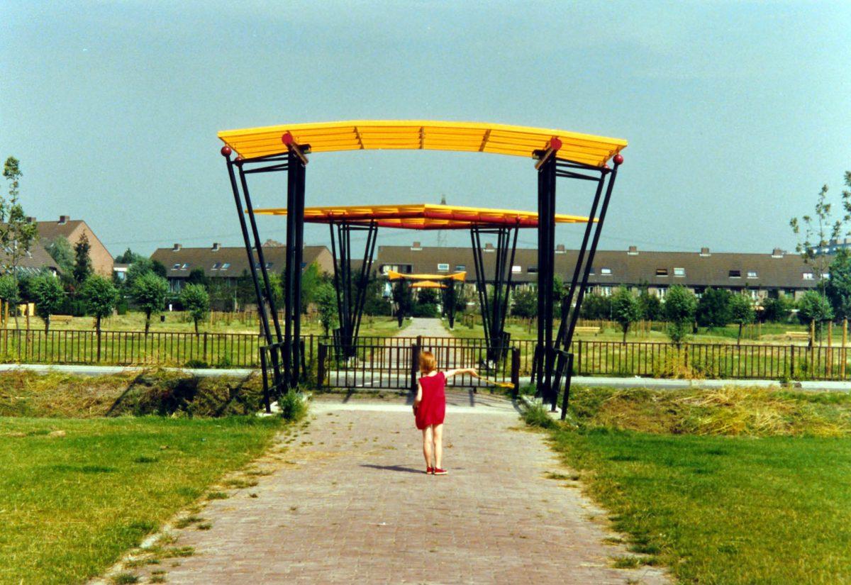 Bruggen in het Abtswoudsepark Delft
